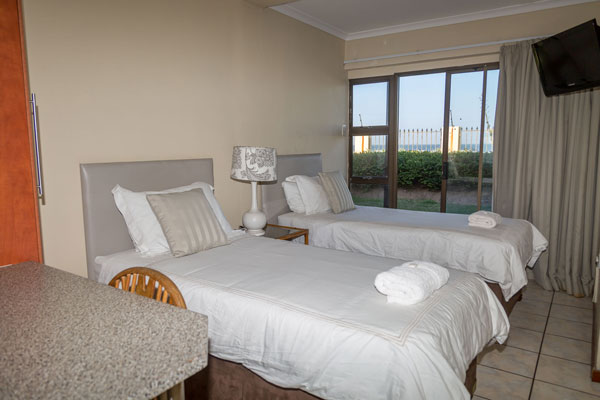 Durban Backpackers Accommodation And B B On The Beach In Durban